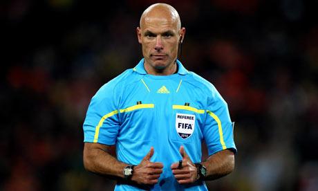 The English referee Howard Webb
